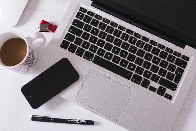 新発売のUSBタイプのWiMAX対応機器が登場!これでもう充電が気にならない!
